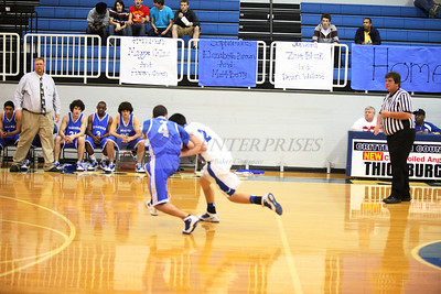 2011 Basketball Sr Night_0014