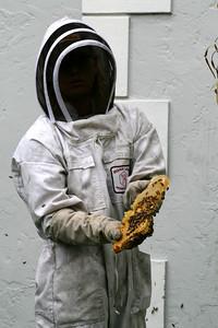 Oooooooooooooooh . . . look at the honey just dripping down . . .