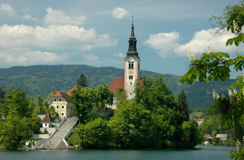 018-Slovenia-Bled-St Martin Pilgrims Church-DSC_3454