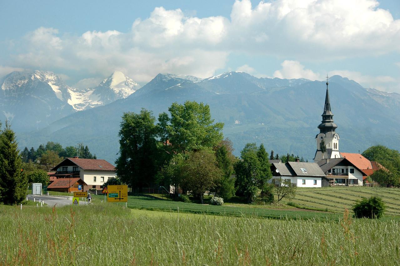 014-Slovenia-rural scene-Vodice-DSC_3369