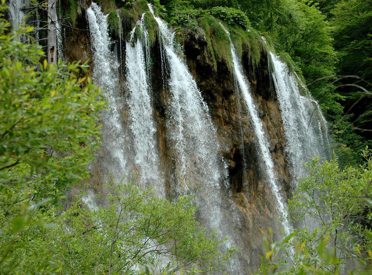 Plitvicka Lakes-falls-2-DSC_3775