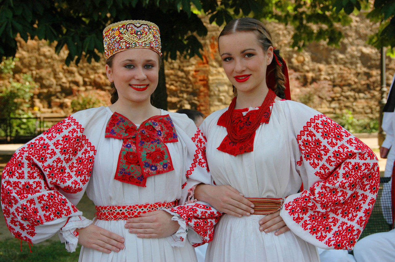 002-Zagreb-folk girls-DSC_3106