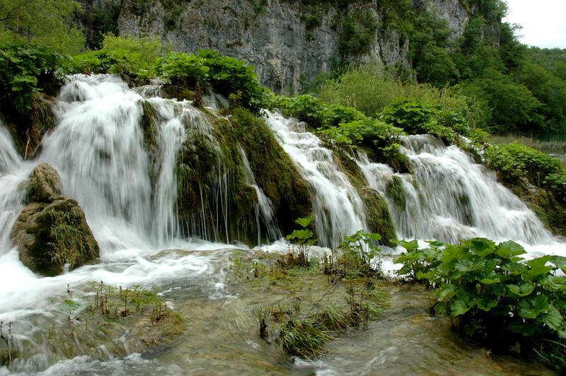 033-Plitvicka Lakes-sm falls-2DSC_3741