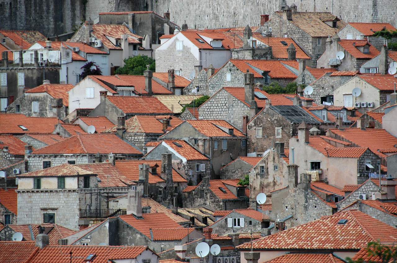 053-Dubrovnik-rooftops from wall-DSC_4272