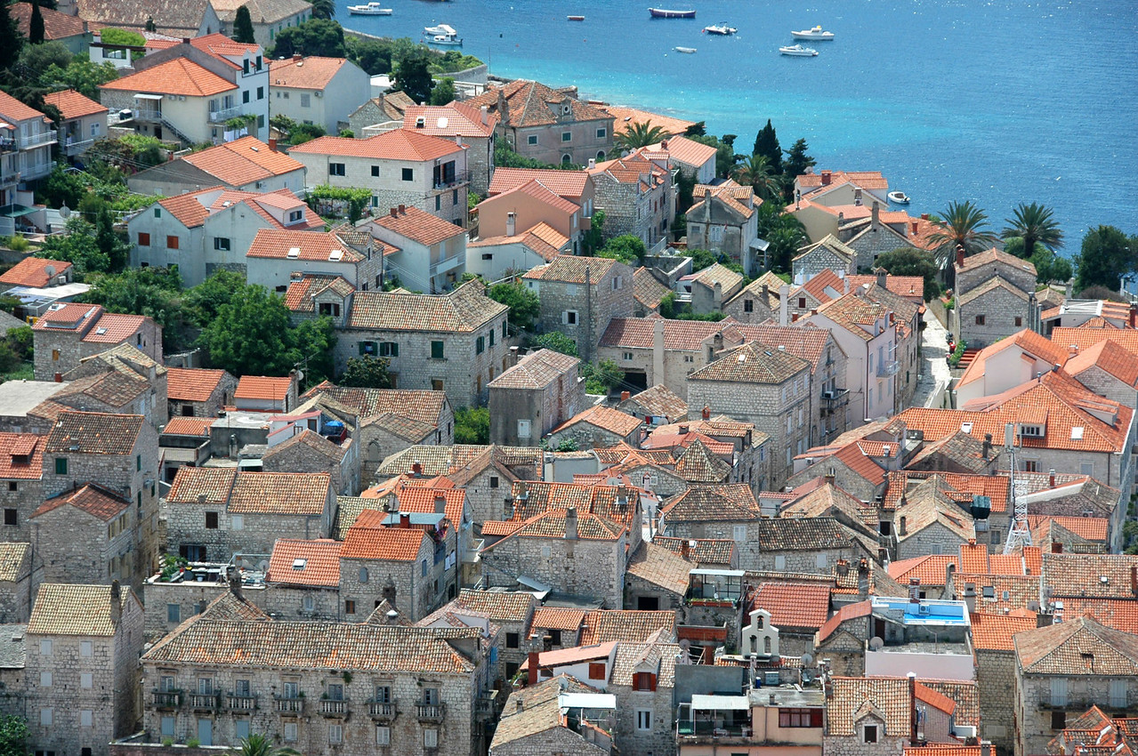 Hvar-roof tops-DSC_4091