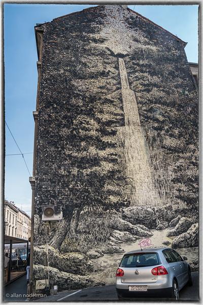 Zagreb Falls Wall