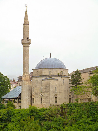 Bosnia - Herzegovina    Large mosque