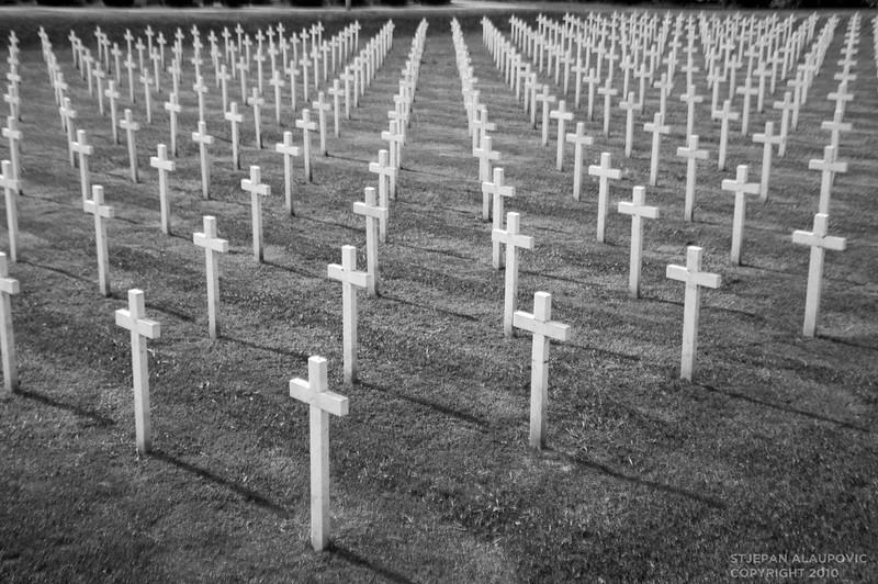 Fallen Soliders Graves at Vukovar Cemetary