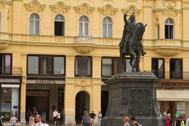 Wideshot of Ban Jelecic Statue