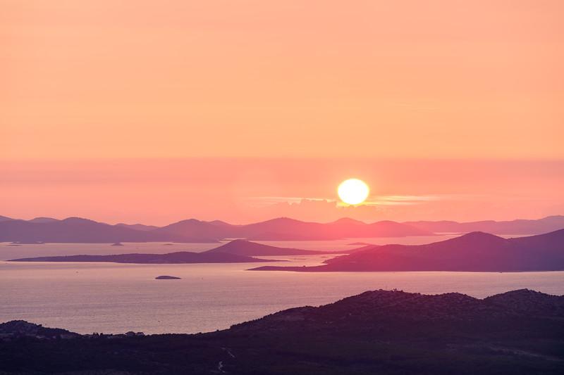 sun at sunset in croatia