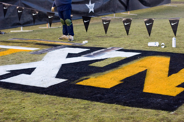 painting the finish line graphics