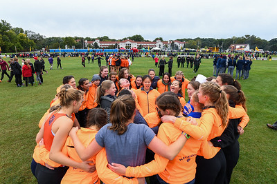 2018 - Macalester College Women Cross Country run at Roy Griak Invitational  -- Copyright Christopher Mitchell / SportShotPhoto.com