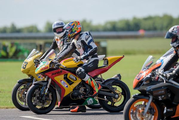 Dan Cooper  Castle Combe Mini Twins & EDP Open 500 Race 9 &19 (Kawasaki ER6F- SB Tuning)