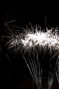 Glos_Fireworks031112_044