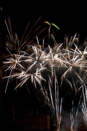 Glos_Fireworks031112_046