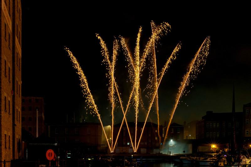 Glos_Fireworks031112_016