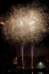 Glos_Fireworks031112_010