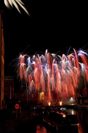 Glos_Fireworks031112_007