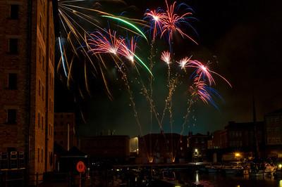 Glos_Fireworks031112_040