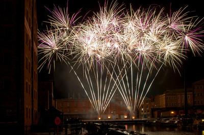 Glos_Fireworks031112_039