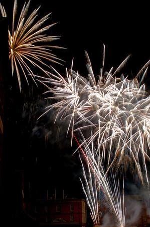 Glos_Fireworks031112_047