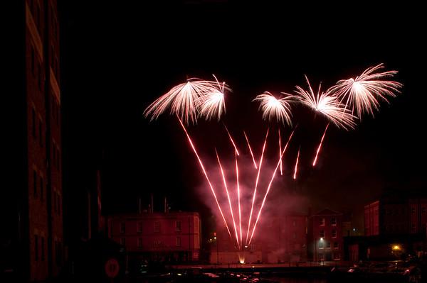 Glos_Fireworks031112_015