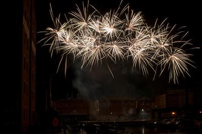 Glos_Fireworks031112_035
