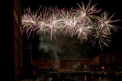 Glos_Fireworks031112_036
