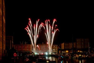 Glos_Fireworks031112_001