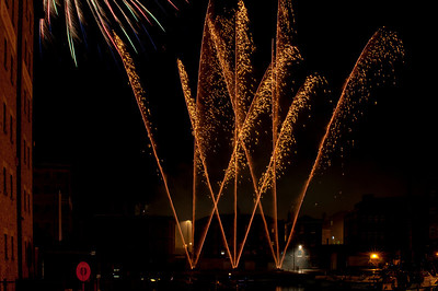 Glos_Fireworks031112_018
