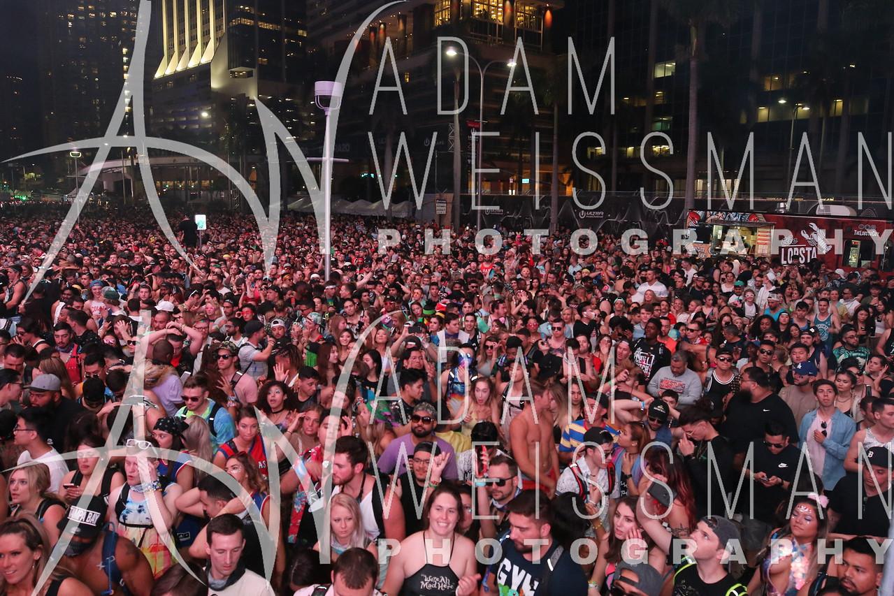 Crowd @ Ultra Miami @ Bayfront Park 2018