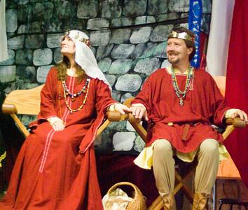 Baroness Brianna and Baron Hrothgar