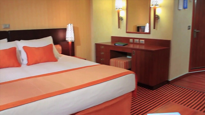 Carnival Breeze Ocean Suite