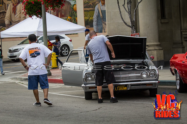 santa-paula-cruise-night-0014