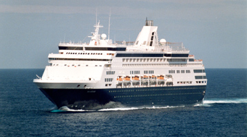 From the 1980s Noordam off Cuba in 1995. This is Maasdam heading on a western Carib. route. I looked up from the back pool deck and here she comes.