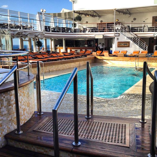 Silver Spirit pool