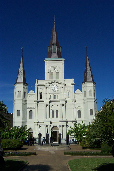Mass was going on in Saint Louis Cathedral, so we couldn't go inside the church.<br /> [New Orleans]