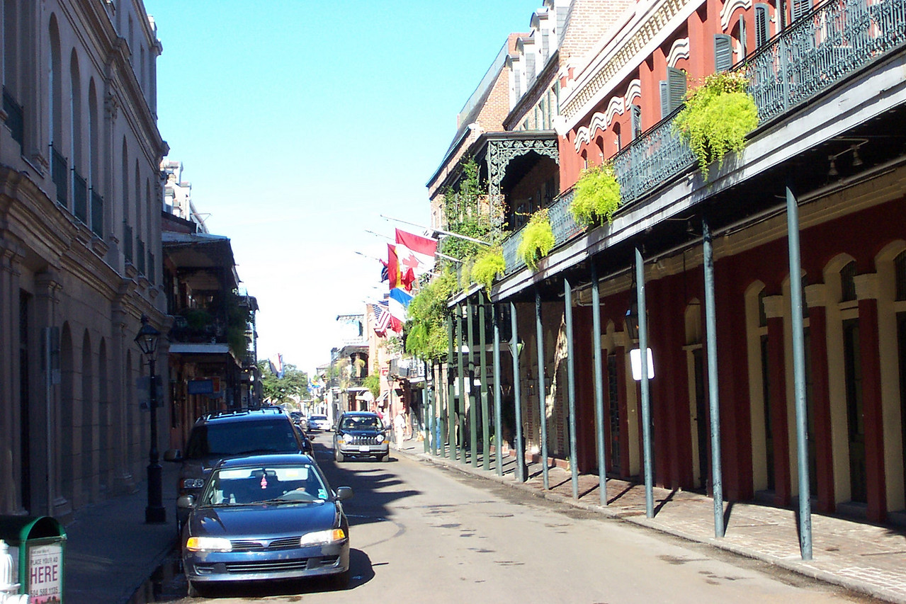 In the French Quarter, we found a restaurant (not pictured here) and had some lunch.  I don't remember the name of the place, but the jambalaya I had there was fantastic!<br /> [New Orleans]