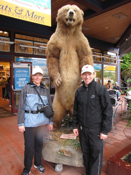 During our visit to Juneau we made sure to get to know some of the locals! :-)