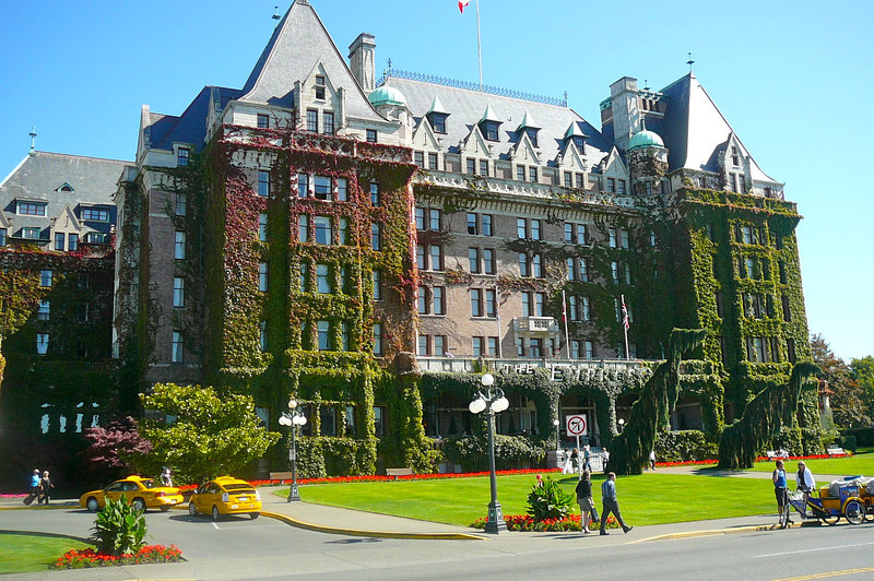 "There's the World Famous ""Fairmont Empress"" Hotel. A trip to Victoria wouldn't be complete without ""Afternoon Tea"" at the ""Empress""... that is of course if you like Tea. :-)"