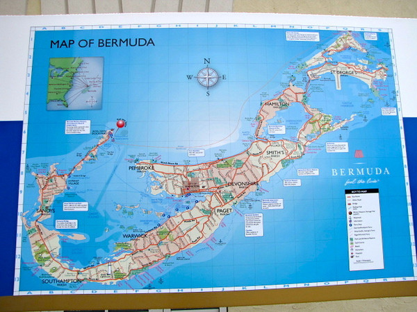 If you've never seen what Bermuda looks like before, here she is. Not a very big Island as it only takes about 1.5 hours to drive from end to end.