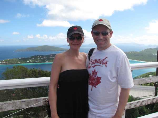 In St. Thomas 7 of us did a Jeep Safari excursion that took us around the Island to check it all out... there we are during one of our stops enjoying another amazing view!!