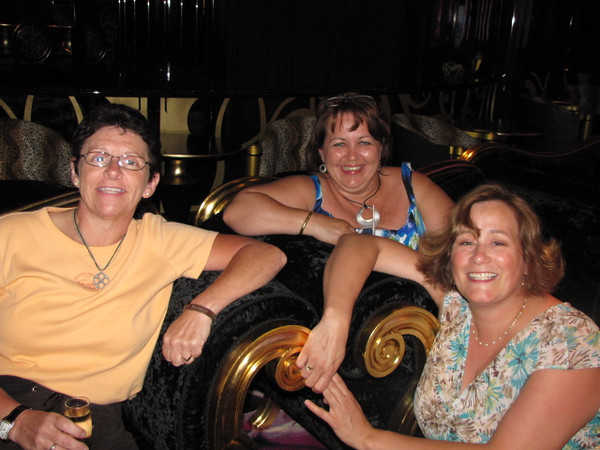 ,,,and Linda, Becky & Karen look like they're having a good time too! :-)