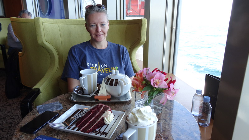 There's Nancy enjoying some tea, cake & Oceaviews... not a bad way to travel! :-)