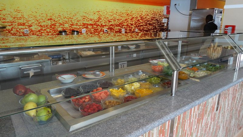 "And if healthy eating is your thing the ""Spa Cafe"" at the Solarium would be of interest to you with it's smoothies and other healthy choices available throughout the day."