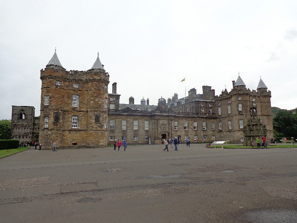 "There's a peek at ""Holyrood Palace"" in Edinburgh which was the residence of the ""King & Queen of Scots"" for years and where Queen Elizabeth spends a week each Summer to perform Royal duties and attend ceremonies."