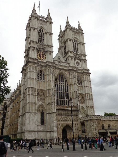 """There's another famous London site, """"Westminster Abbey"""" Church where some Royal Weddings have taken place."""