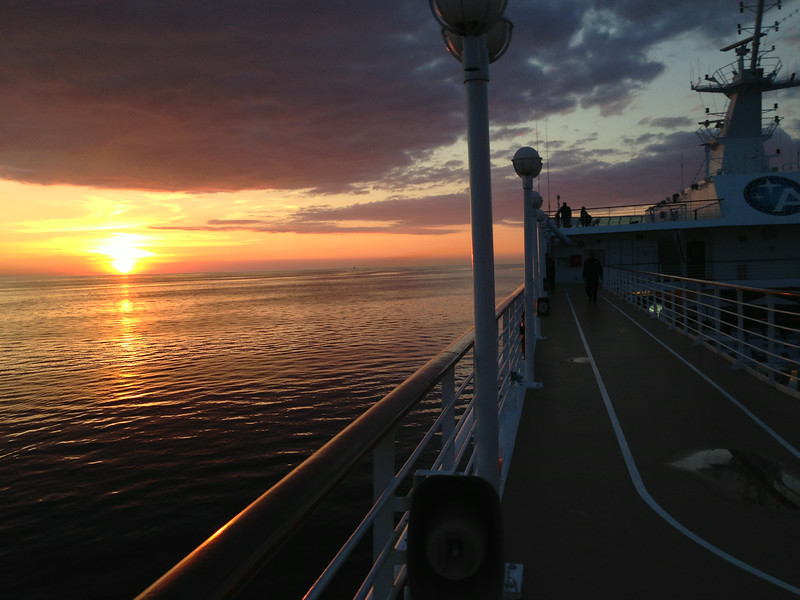 That's what our Sunset looked like the 1st night onboard, any wonder why we love to Cruise so much... great food, great destinations and great Sunsets, it doesn't get any better!! :-)