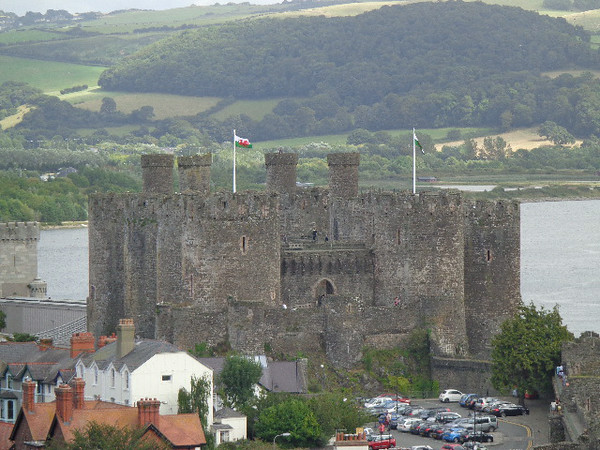 "After the park and a Fish & Chips lunch in quaint ""Betws-Y-Coed"" we went to Conwy and walked around their walled city and checked out the Castle... see the video in the next pic."