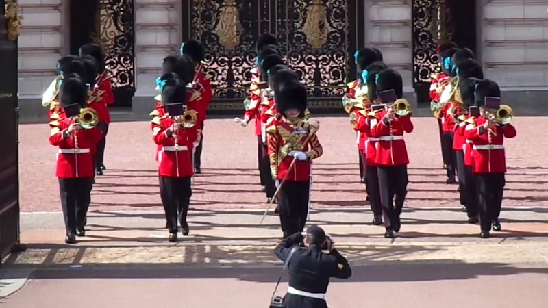 Click Play to hear some of the sounds that take place during the changing of the Guard.